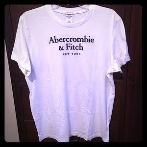 Ambercrombie & Fitch white Tee Shirt.  Like New